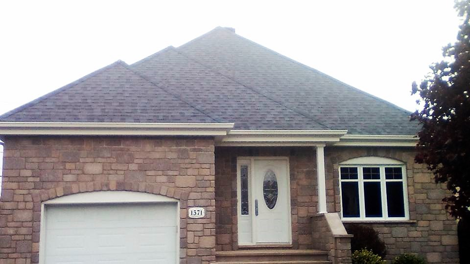 Triangle roof